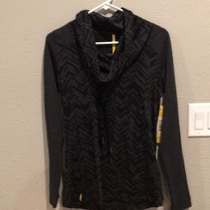 Lole Black/Grey Top with Geometric Accents